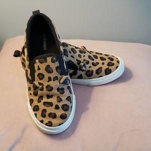 Cheetah slip on's